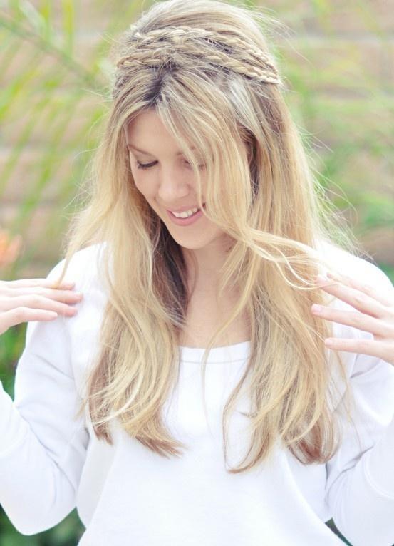 Vier Looks von Haarschnitt